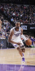 SACRAMENTO, CA - APRIL 2: Harrison Barnes #40 of the Sacramento Kings drives against the Houston Rockets on April 2, 2019 at Golden 1 Center in Sacramento, California. NOTE TO USER: User expressly acknowledges and agrees that, by downloading and or using this photograph, User is consenting to the terms and conditions of the Getty Images Agreement. Mandatory Copyright Notice: Copyright 2019 NBAE (Photo by Rocky Widner/NBAE via Getty Images)